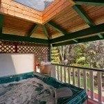 Chalet Kilauea Hotel Hot Tub